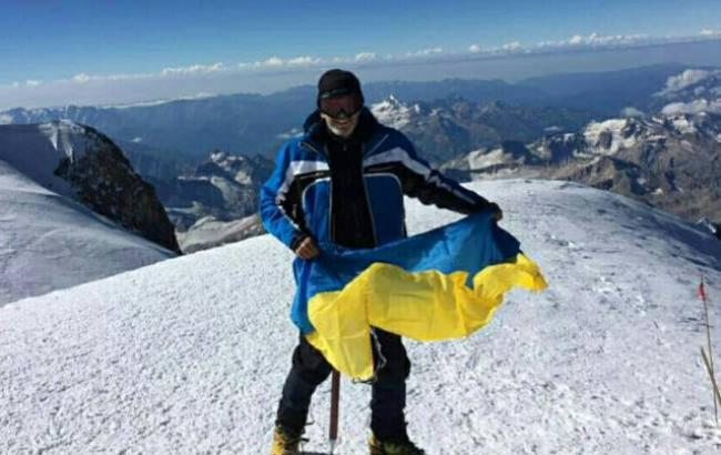 Фото: Украинец на Эльбрусе (facebook.com/MatiosAnatolii)