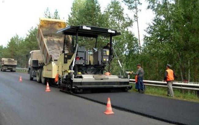 Фото: ремонт дорог в Украине