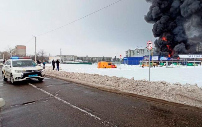 """Напад на """"Епіцентр"""" у Первомайську: постраждали двоє охоронців"""