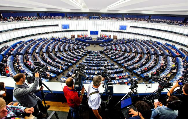 Европарламент принял решение перенести голосование побезвизовому режиму для Грузии