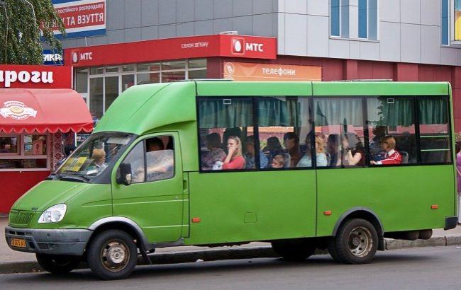 Фото: Медику отказали в проезде (4ernigiv.info)