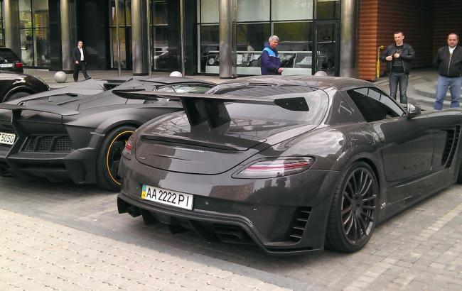Фото: Налог на дорогие машины отменен (topgir.com.ua)