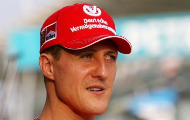 """""""Не может стоять"""": адвокат Шумахера рассказал о состоянии гонщика"""