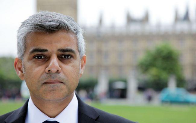 Фото: Хан заявил о заморозке тарифов на транспорт в Лондоне