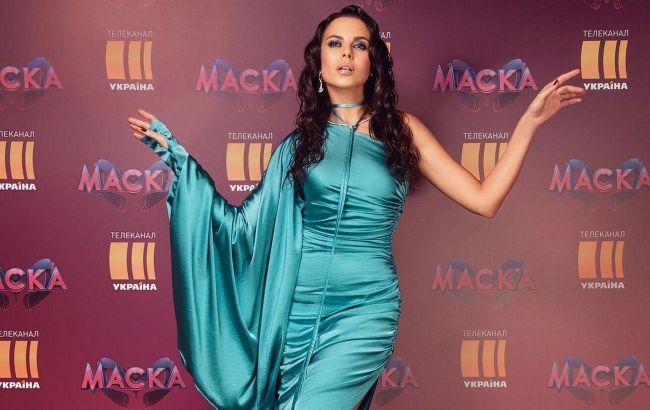 Чудова: Настя Каменських в стильній сукні і на високих підборах підкорила фанатів красою