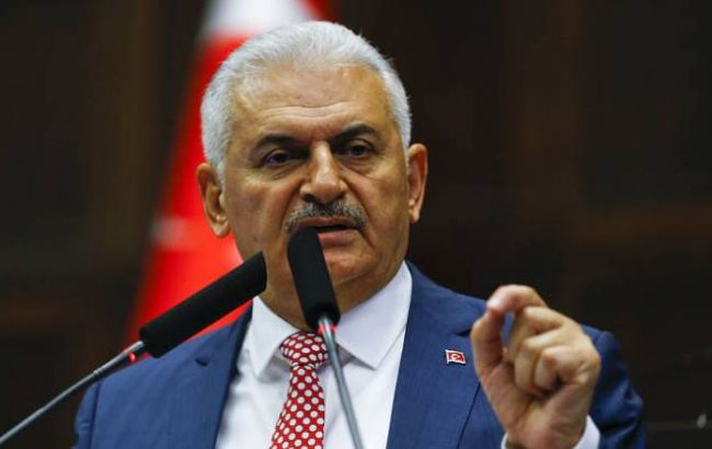 Фото: Йилдирим заявив, що поки Асад не піде, налагодити відносини з Сирією не вдасться