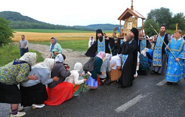 Фото: Киевляне самые неверующие (pochaev.org.ua)