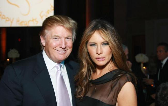 Фото: Дональд и Мелания Трамп (vnews.agency)