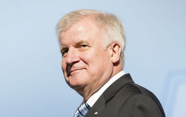Фото: премьер-министр Баварии Хорст Зеехофер