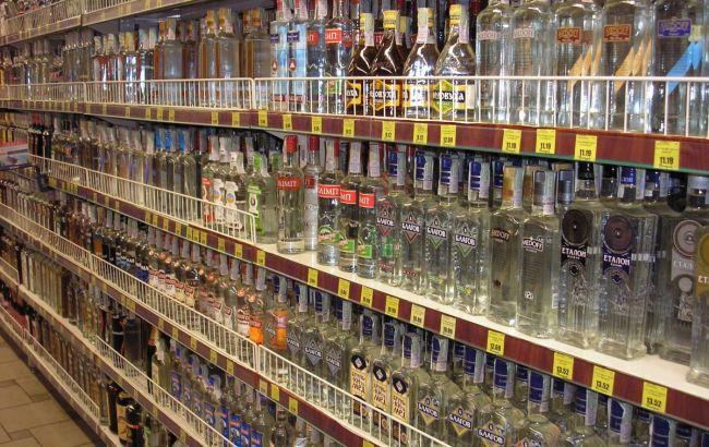 ВУкраинском государстве снова посоветовали поднять минимальные цены на спирт