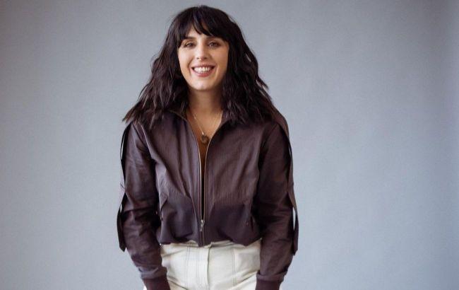 Красуня: Джамала показала, як носити і з чим комбінувати трендові широкі штани