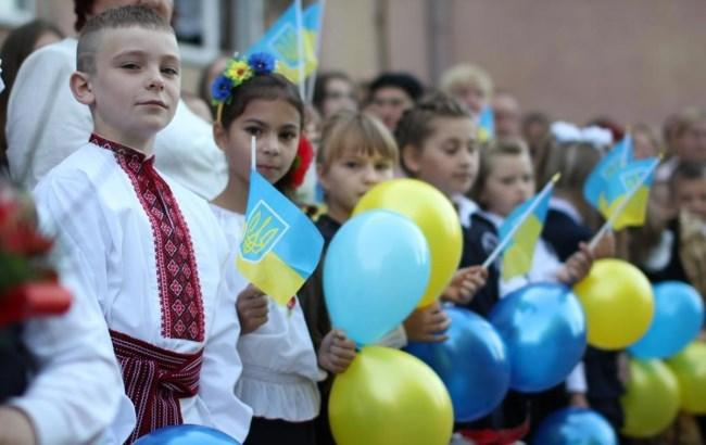 Фото: Украинские школьники (politikus.ru)
