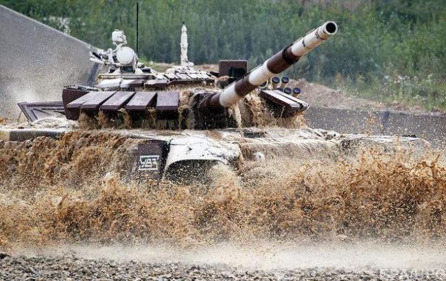 Фото: У Росії потонув танк (hronika.info)