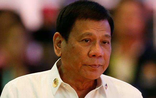 Фото: в ходе взрыва на Филиппинах пострадала охрана Дутерте
