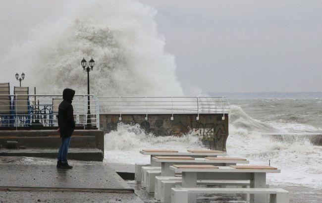 Фото: шторм в Черном море