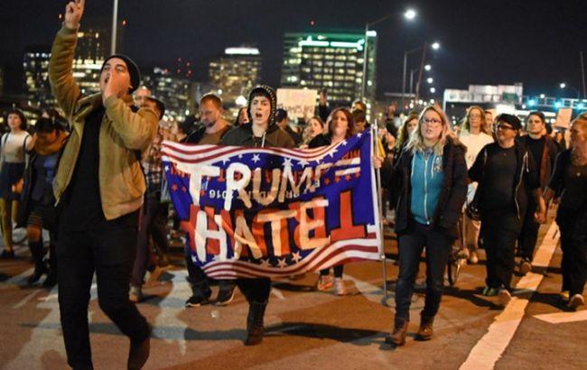Фото: полиция Портленда арестовала 26 протестующих против победы Трампа