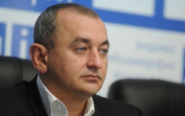 Правоохранители проводят неменее  400 обысков уналоговиков в15 областях государства Украины