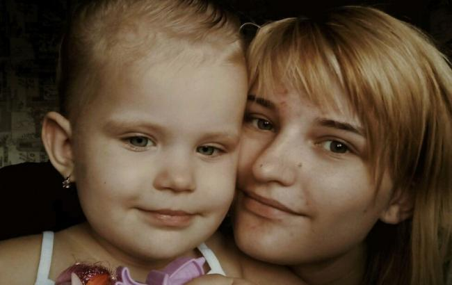 Фото: Владислава с дочерью (vk.com)