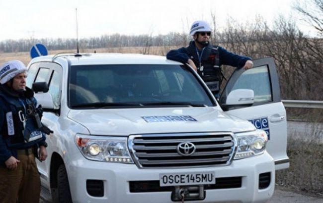 Фото: патруль СММ ОБСЄ на Донбасі
