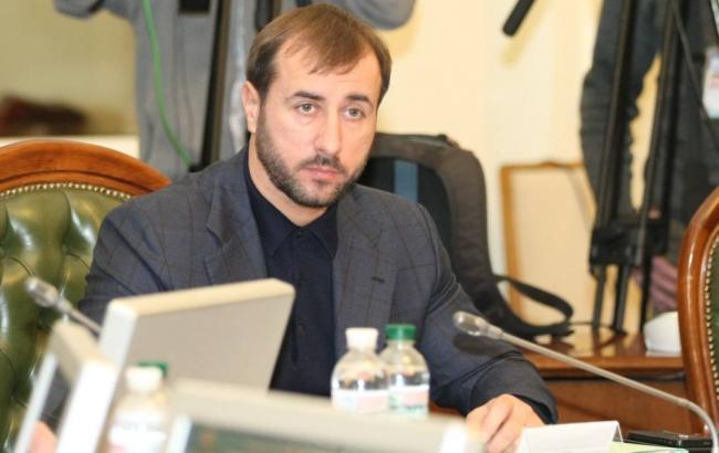 Печерский суд арестовал счета компании отца нардепа Рыбалки