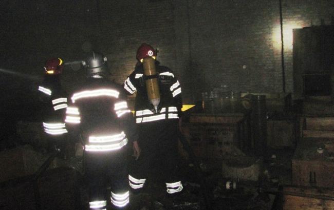 Фото: пожар на химзаводе в Черкассах