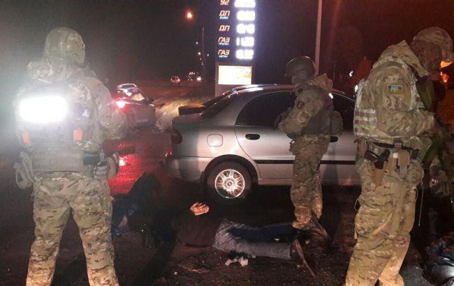 Фото: задержание наркоторговцев