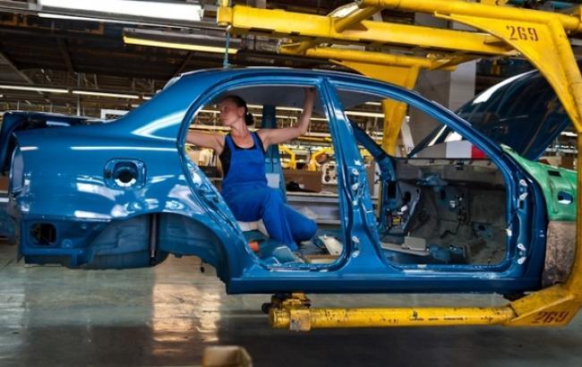 """""""Укравтопром"""" прогнозирует в 2014 г. самые низкие продажи новых легковых авто в Украине за 12 лет"""