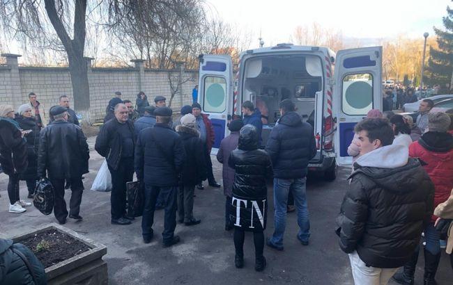 Під Львовом почалися акції проти розміщення евакуйованих з Уханя