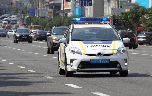 У Києві невідомий пошкодив будівлю приймальні нардепа
