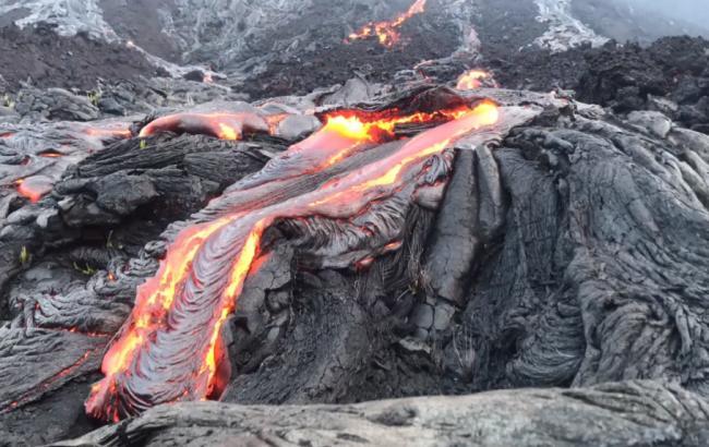 Фото: Виверження вулкану Кілауеа на Гаваях (vimeo.com/warren fintz)
