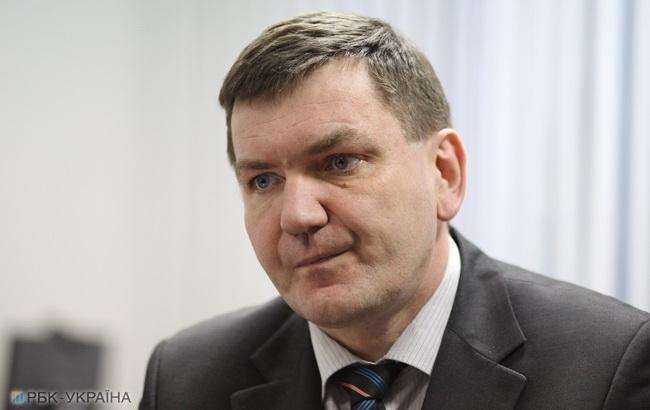 Горбатюк: подозреваемого в расстреле майдановцев сотрудника СБУ направили на Донбасс