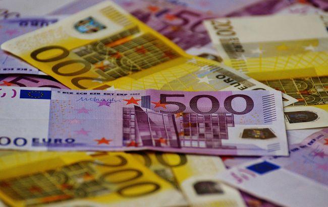 Курс євро падає третій день поспіль