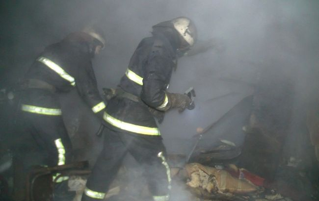 Фото: ликвидация пожара в жилом доме Харькова