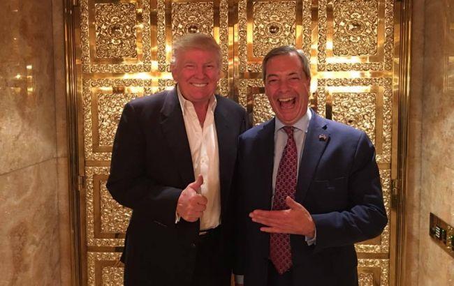 Фото: Дональд Трам і Найджел Фарадж після зустрічі