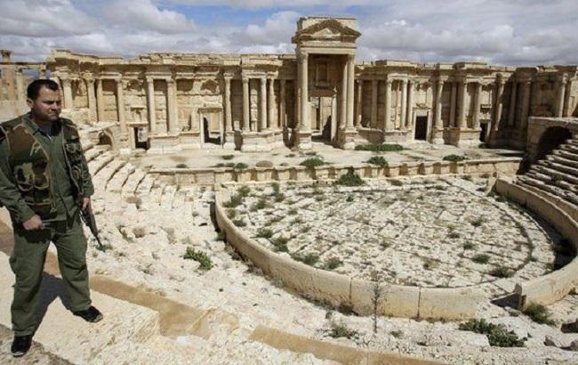Армія Сирії повністю звільнила Пальміру