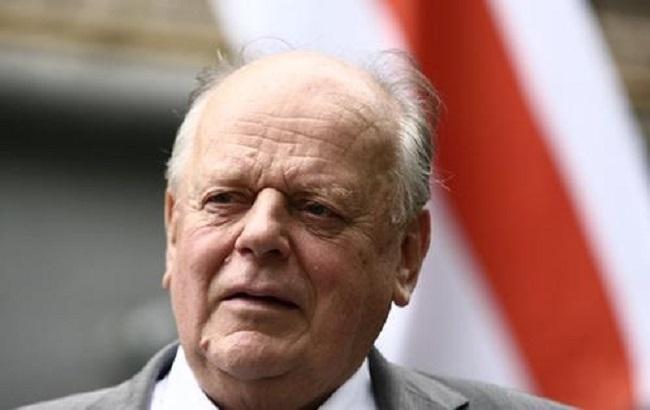 Шушкевич: Порошенко відкинув ідею введення білоруських миротворців