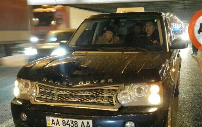 Фото: Авто, сбившее ребенка (facebook.com/vlad.life)
