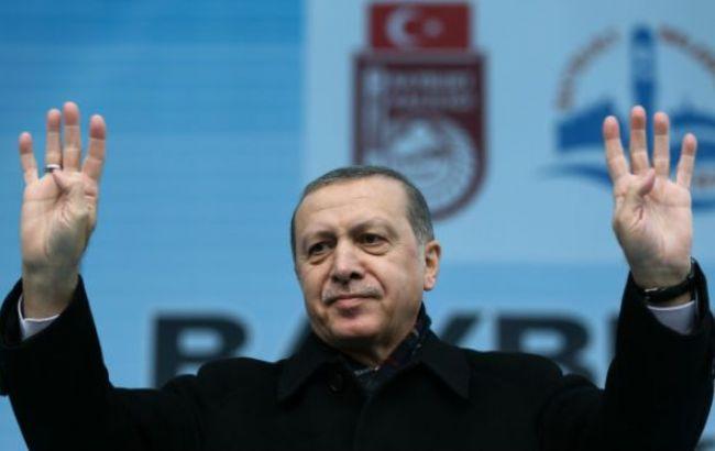 Фото: Реджеп Эрдоган покинул Стамбул