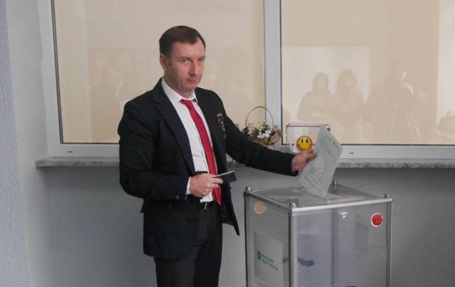 Луценко: Заммэра Ужгорода уличен ввымогательстве