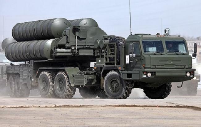 Росія привела в готовність ракетну систему С-400 в окупованому Криму
