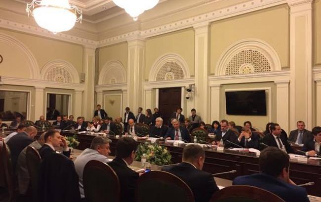 Комітет рекомендує ВР ухвалити зміни до Податкового кодексу для зростання мінімальної зарплати