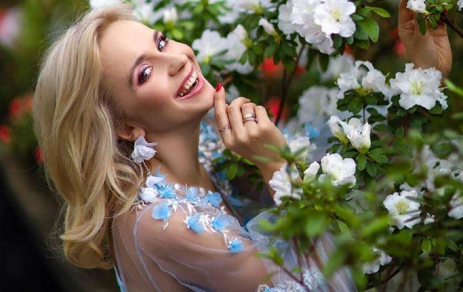 Цветущая Лилия Ребрик очаровала нежными весенними луками