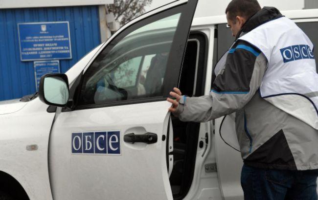 ОБСЕ зафиксировала скопление тяжелой техники боевиков ДНР