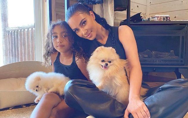 Що за красуня: Кім Кардашьян зачарувала мережу новим фото 7-річної доньки