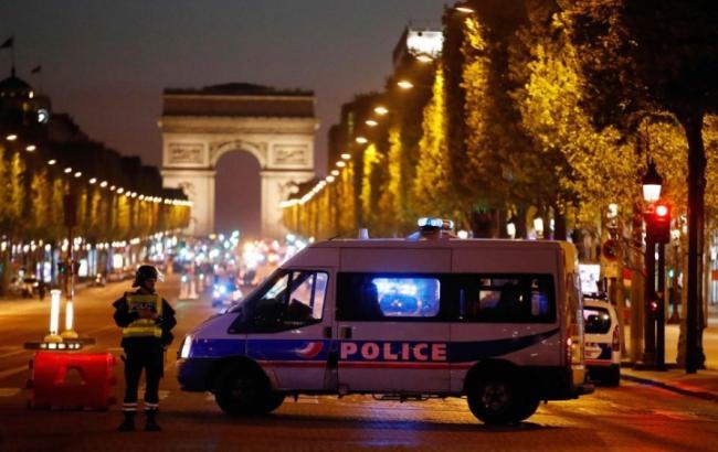 Фото: стрілянина в центрі Парижа