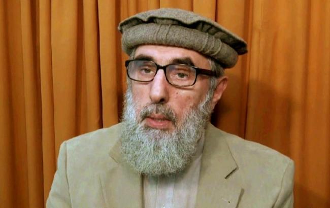 Афганский полевой командир призвал талибов к мирным переговорам