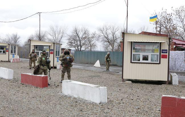 Бойовики блокують роботу п'яти КПВВ на Донбасі, - Держприкордонслужба