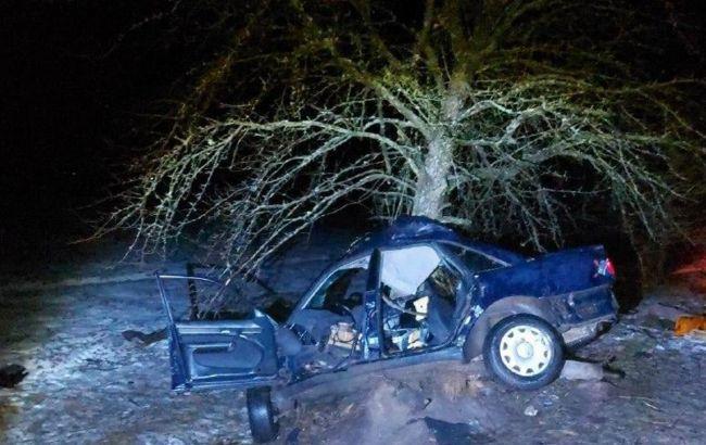 Подросток за рулем совершил смертельное ДТП в Ровенской области
