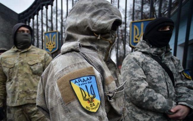 """Фото: бывшего """"айдаровца"""" этапировали в колонию в Самарской области"""