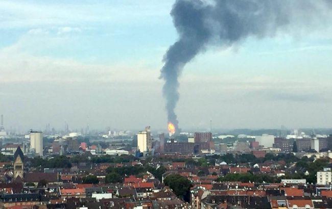 Фото: вибух на заводі